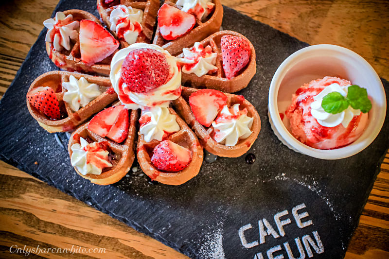 桃園 | Café 4 FUN 咖啡趣.限定草莓麻糬鬆餅~工業風親子咖啡廳/兒童遊戲室