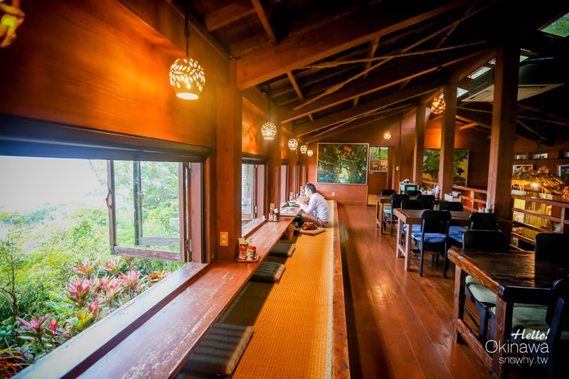 沖繩南城市 山の茶屋 樂水.眺望海景遠離塵囂 沖繩鄉土蔬食料理咖啡廳