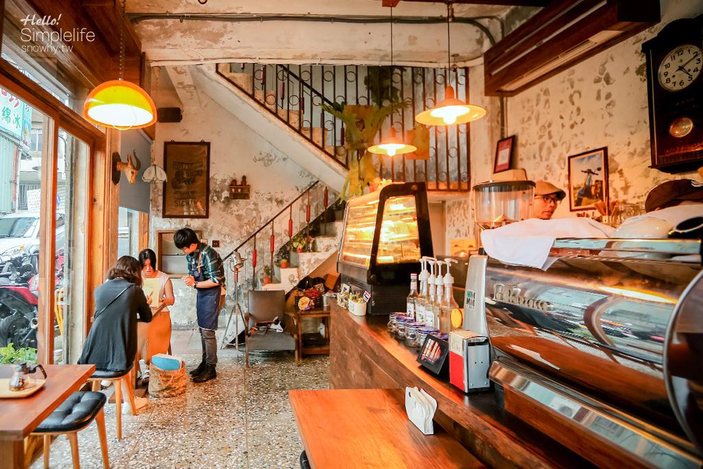 桃園中壢  小舊閣樓glow.老街溪畔的老屋咖啡餐酒館
