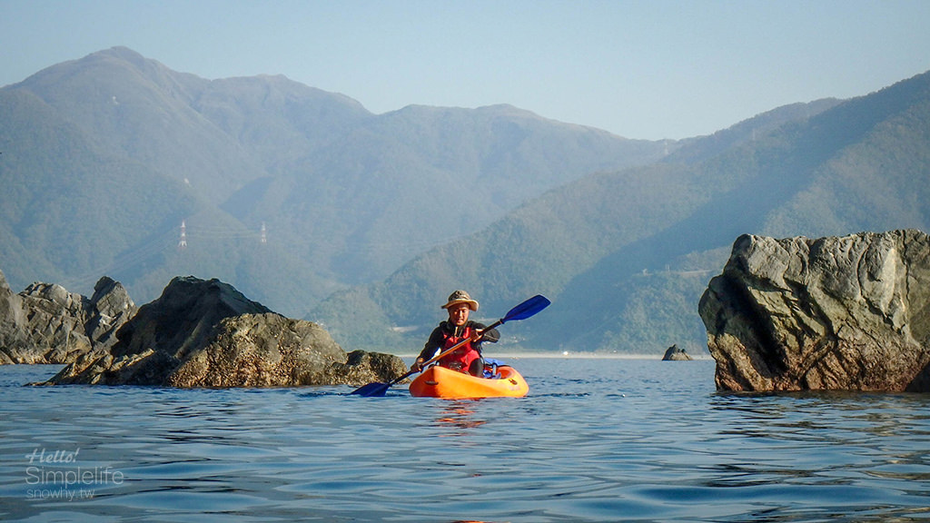 宜蘭 划獨木舟探險去!探索東澳粉鳥林 神祕海上金字塔