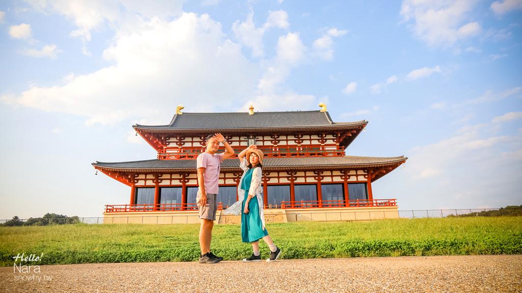 奈良平城宮跡 遙望第一次大極殿、朱雀門與穿越歷史遺跡的近鐵奈良線