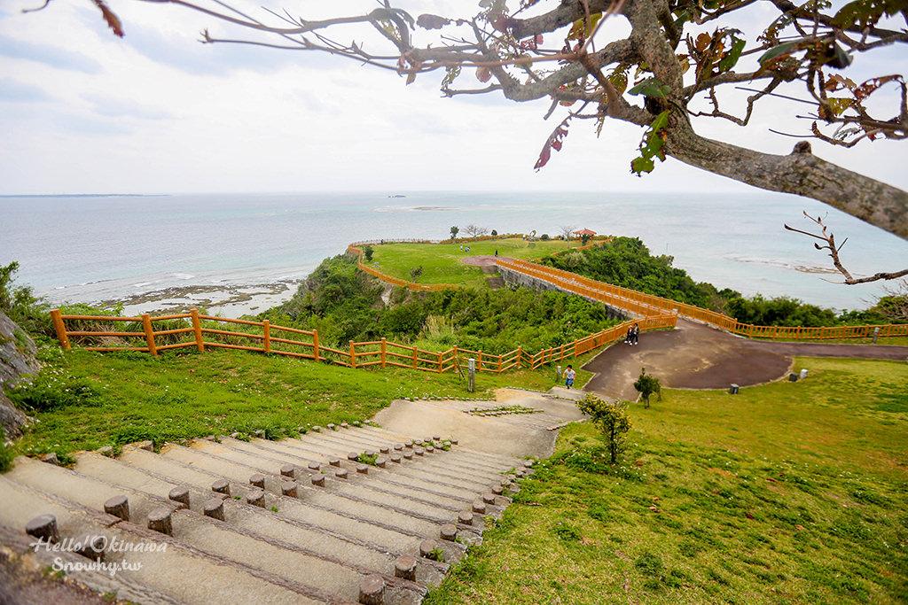 沖繩景點│知念岬公園,在沖繩南方的美麗海岬享受太平洋海風的吹拂