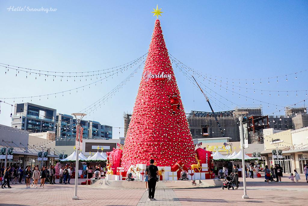 桃園華泰名品城,聖誕村,可穿越的聖誕樹,露天聖誕市集,熱門打卡點,IG打卡,桃園景點
