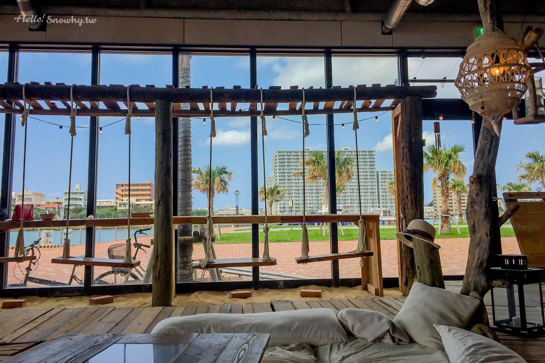 沖繩美食,沖繩咖啡廳 沖繩網美必去咖啡廳,The Junglila Cafe and Restaurant,海景咖啡廳,有鞦韆帳篷的咖啡廳,沖繩IG熱門咖啡廳