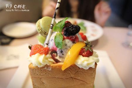 台北 | R9 CAFE 蜜糖吐司專賣店