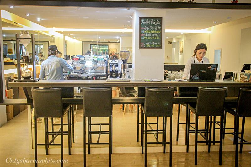 台北信義松菸Artista Perfetto AP Cafe,香港冠軍拉花,專屬白雪公主拉花,輕食,鬆餅,港式甜點,咖啡