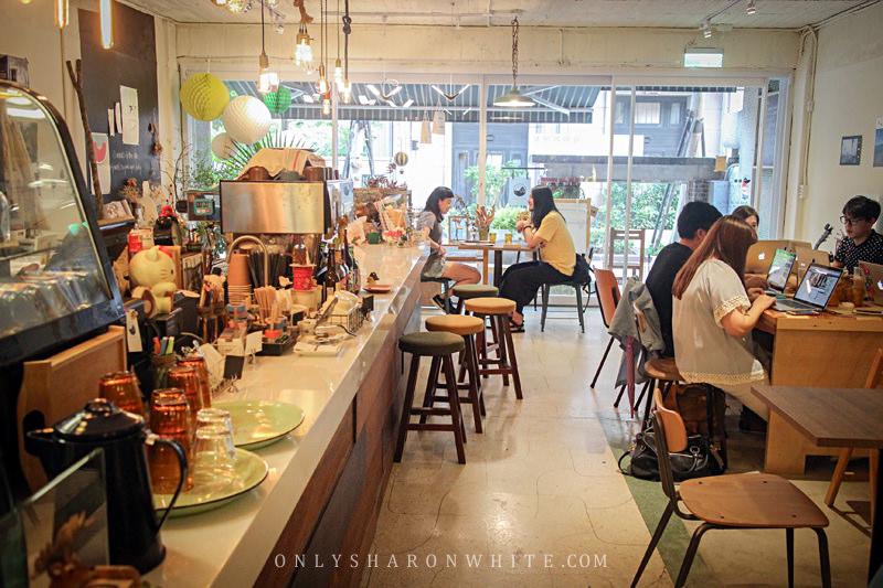 儲房咖啡館mini storage