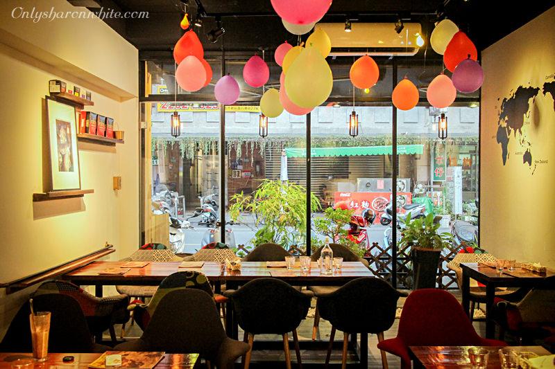 新北新莊區,新莊美食,下午茶,地平線一號Horizon No.1,全天候早午餐,Brunch,咖啡甜點,無限wifi,工業風格